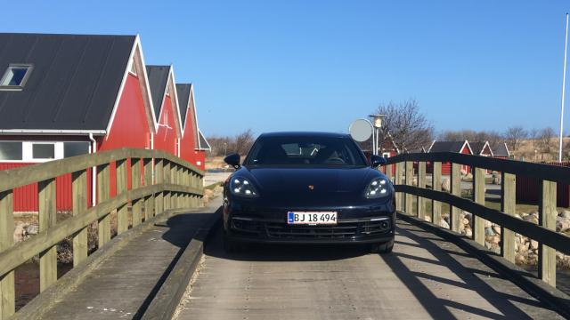 Porsche Panamera 4S Diesel_2