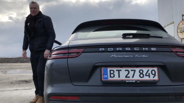 Porsche Panamera Turbo Sport Turismo_18