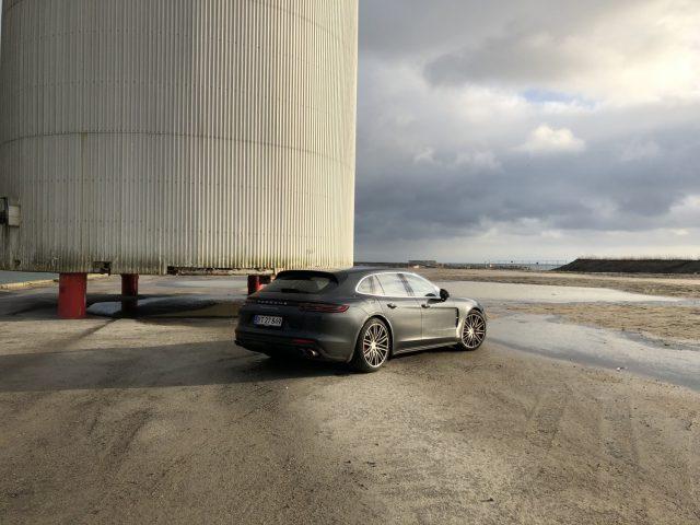Porsche Panamera Turbo Sport Turismo_12