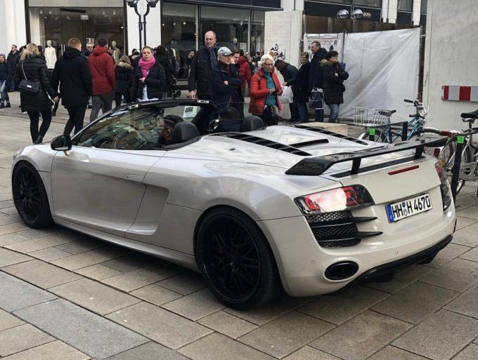 Dagens spot af en lækker Audi R8 Spyder