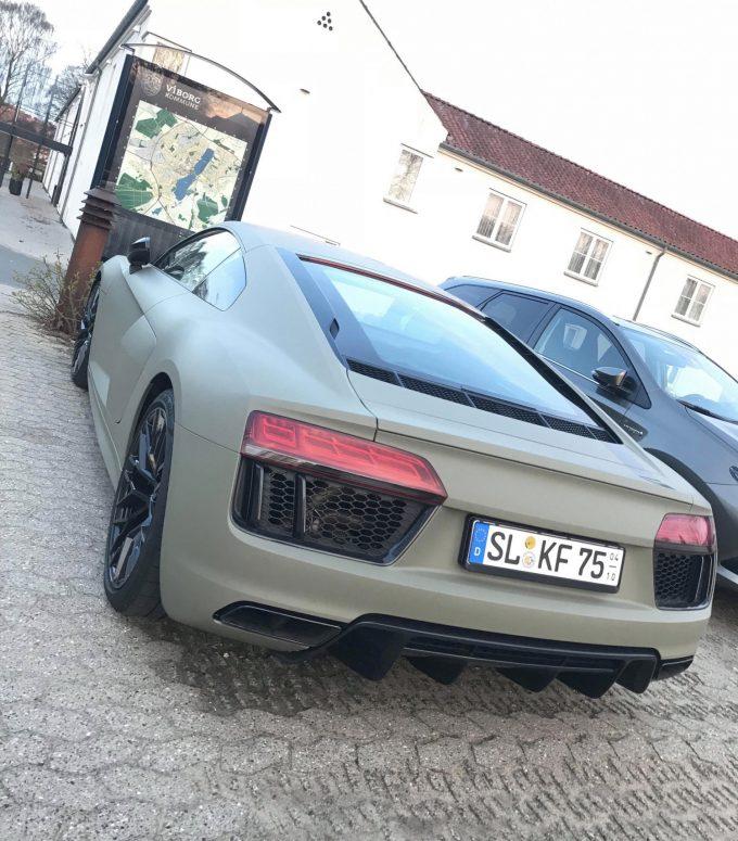 Dagens spot, Jeres spot af en vild Audi R8
