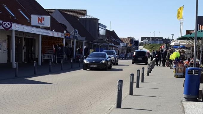 Dagens spot, Jeres spot af lækker Aston Martin Rapide S