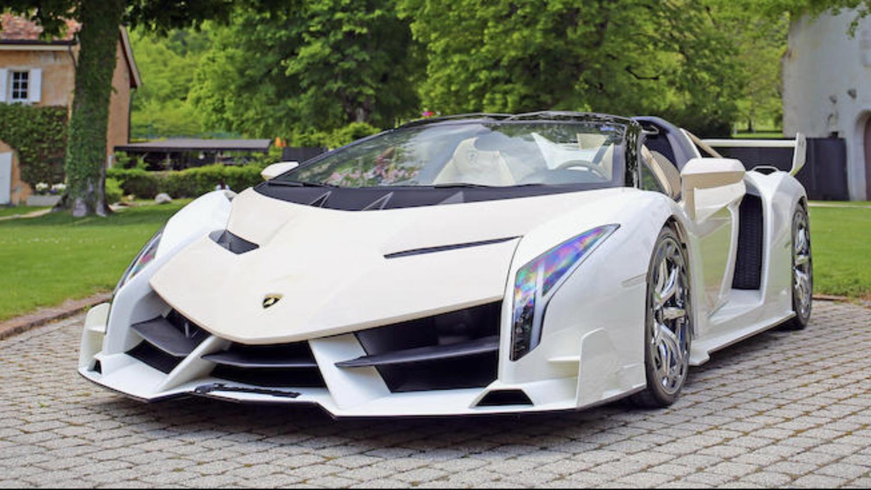 Lamborghini Veneno bortauktioneres i Geneve