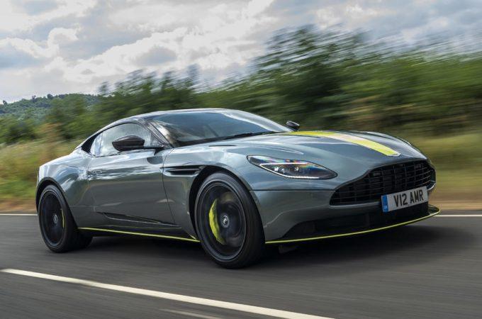 Top 10 bedste GT 2019 Aston Martin DB11 AMR