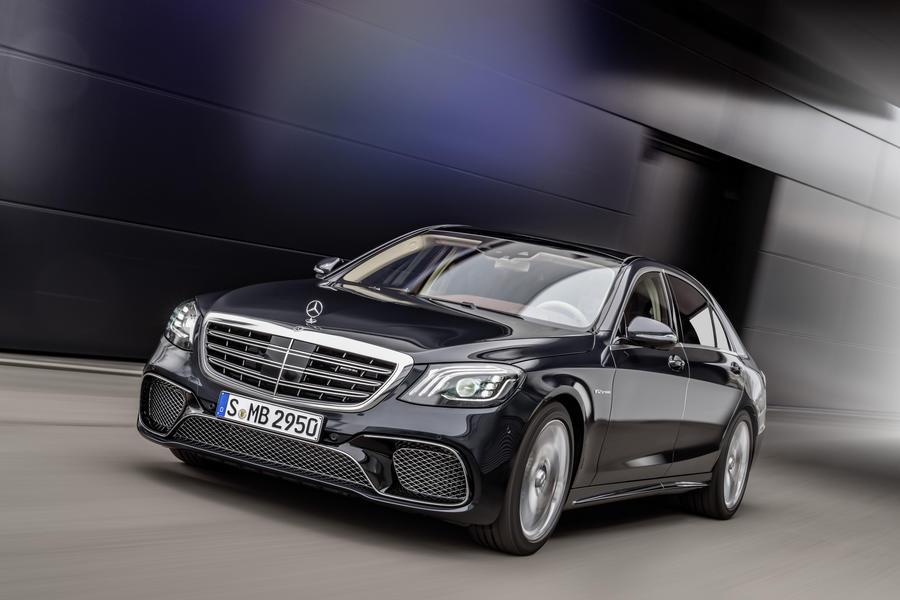 Mercedes-AMG S 65 på Top 10 listen Lækreste Superluksus biler 2019