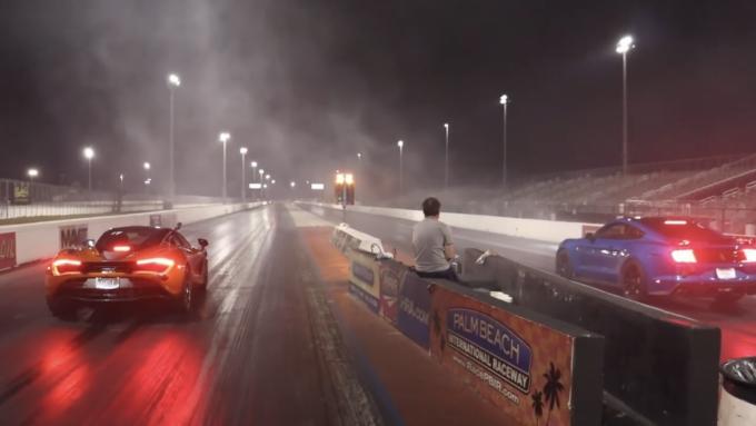 Dragracing 720S vs Shelby GT500 - Ny konge på 1/4 mile banen